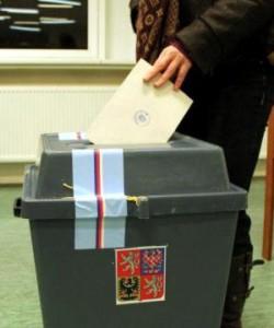 volby-komise-lide-urna-prezident-15.jpg